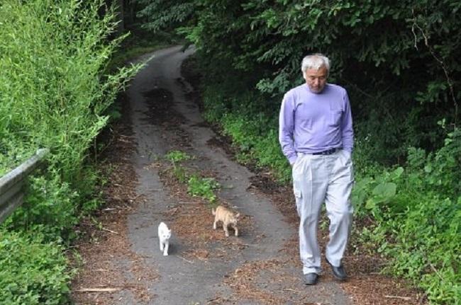homem salva animais fukushima 1